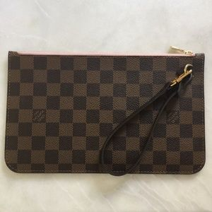 Louis Vuitton Zipped Pouch Pink Interior